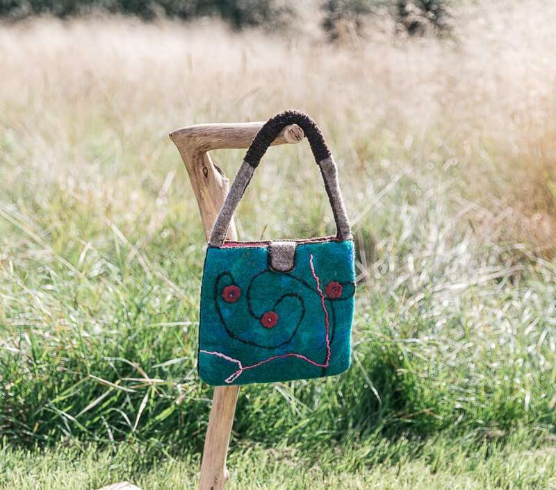 Handmade Handbag in turquoise felt - Ewe-nique Designs