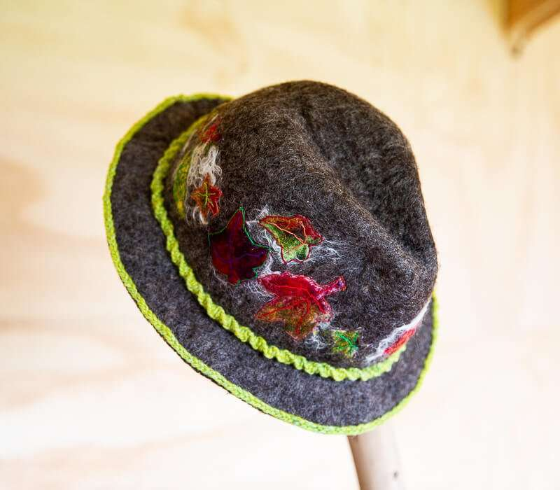 Ewe-nique Designs - Felt Trilby Hat with feathering